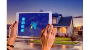 Una casa sempre connessa: segreti e costi delle smart home