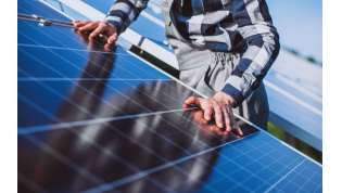 Fotovoltaico costoso? I pannelli si possono noleggiare: risparmi fino al 20% in bolletta